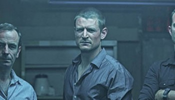 images_620x220_S_StrikeBack_s4 robson