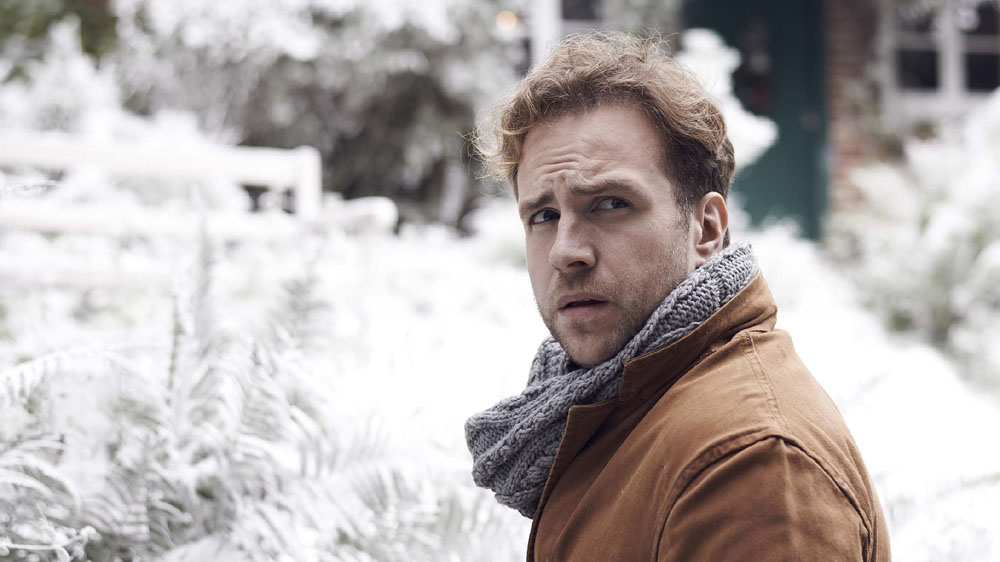 BLACK MIRROR Rafe Spall