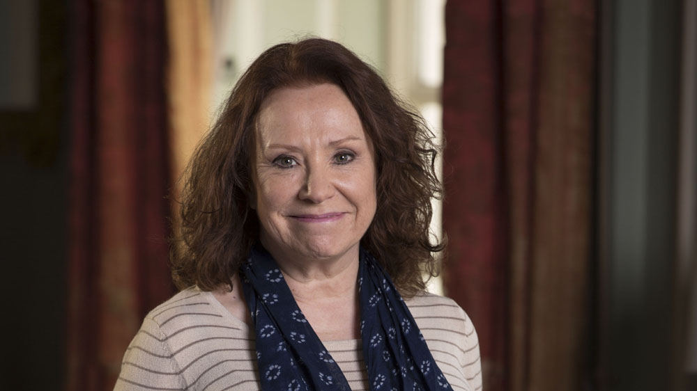 The Syndicate S3 Julie Travers (MELANIE HILL)