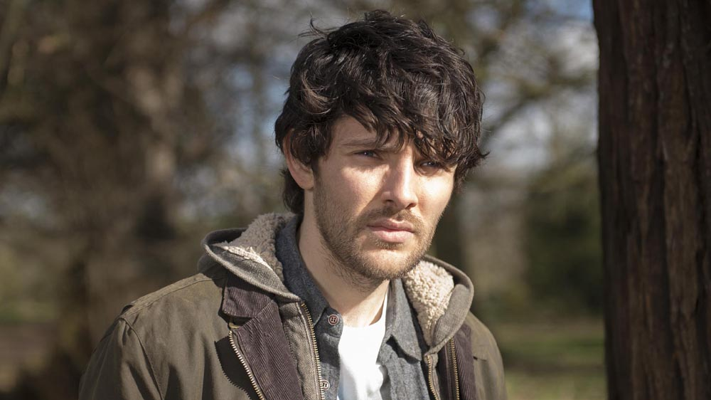 Humans 1 1 Leo (Colin Morgan)