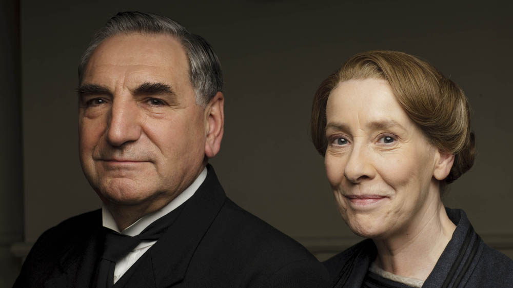 Downton Abbey 6 JIM CARTER as Mr Carson and PHYLLIS LOGAN as Mrs Hughes