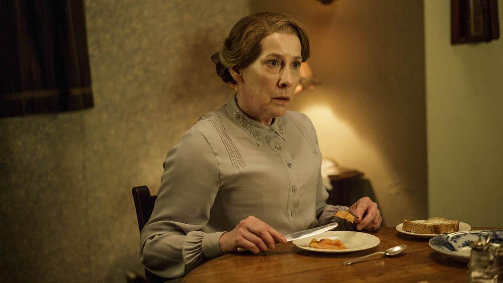 Downton Abbey 6 6 PHYLLIS LOGAN as Mrs Hughes