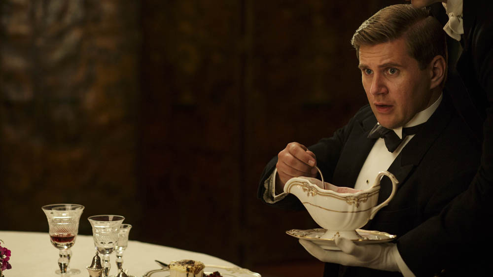 Downton Abbey 6 9 ALLEN LEECH as Tom Branson