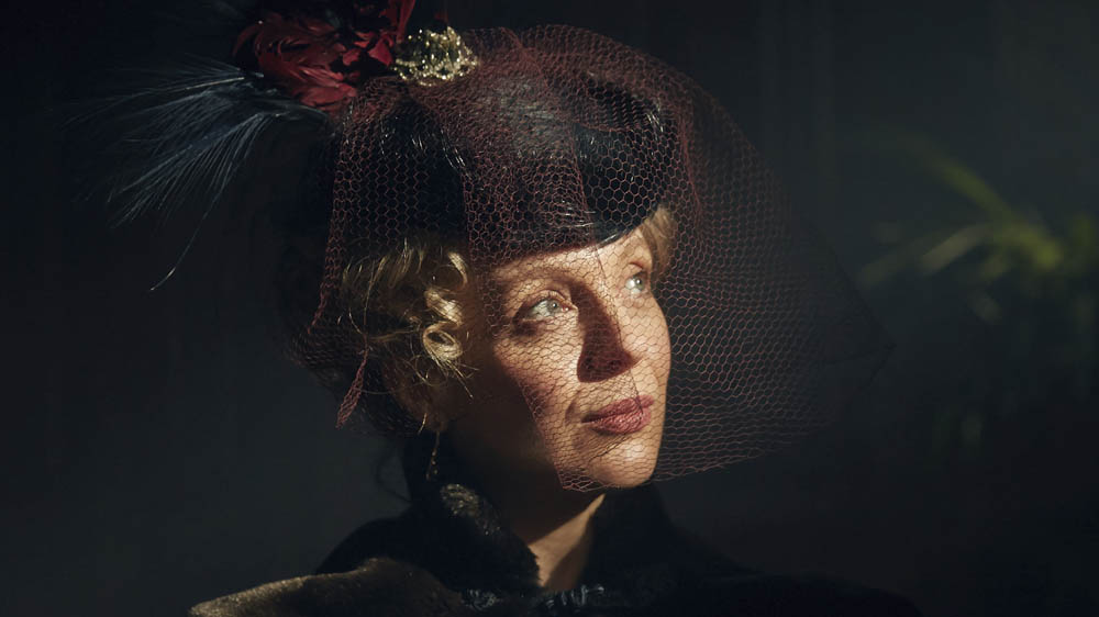Sherlock The Abominable Bride Mary Watson (AMANDA ABBINGTON)