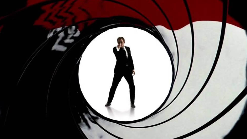 James Bond Daniel Craig gunbarrel