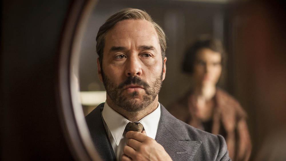 MR SELFRIDGE 4 1 JEREMY PIVEN as Harry Selfridge