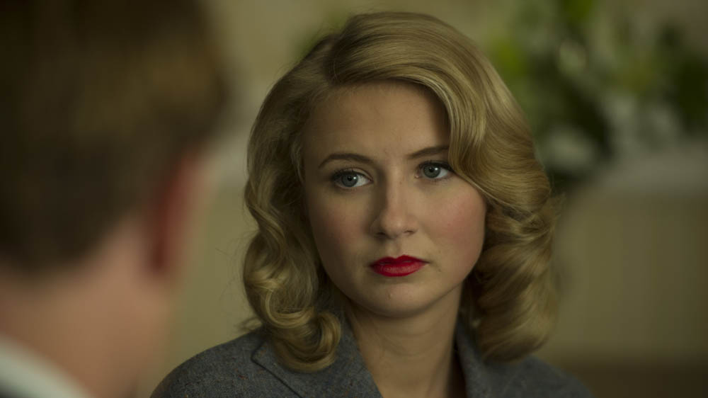 GRANTCHESTER 2 4 ELIZA HOPE BENNETT as Kitty