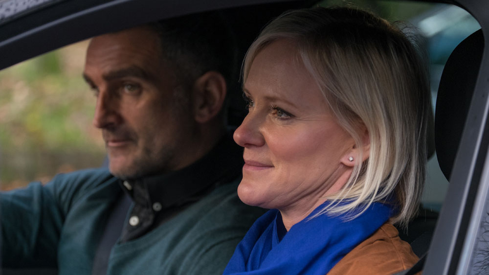 In the Club 2 3 Roanna (HERMIONE NORRIS)