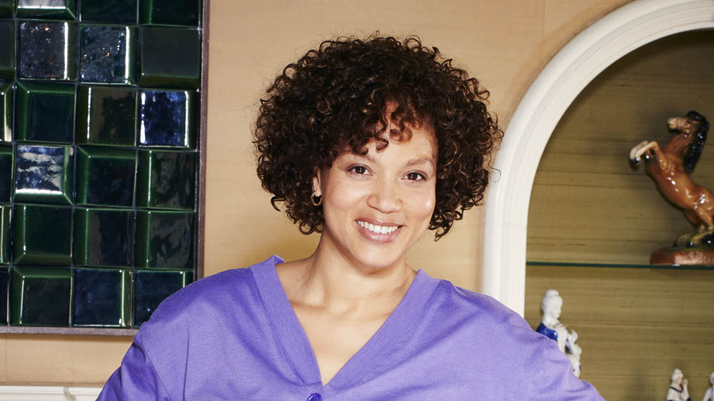 BRIEF ENCOUNTERS ANGELA GRIFFIN as Nita
