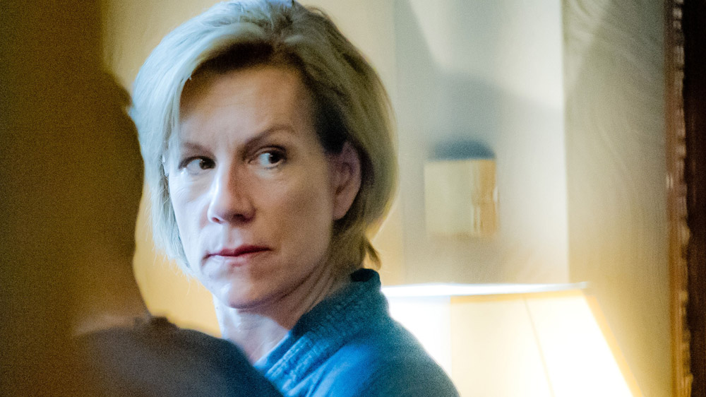 One Of Us 1 3 Louise Elliot (JULIET STEVENSON) -