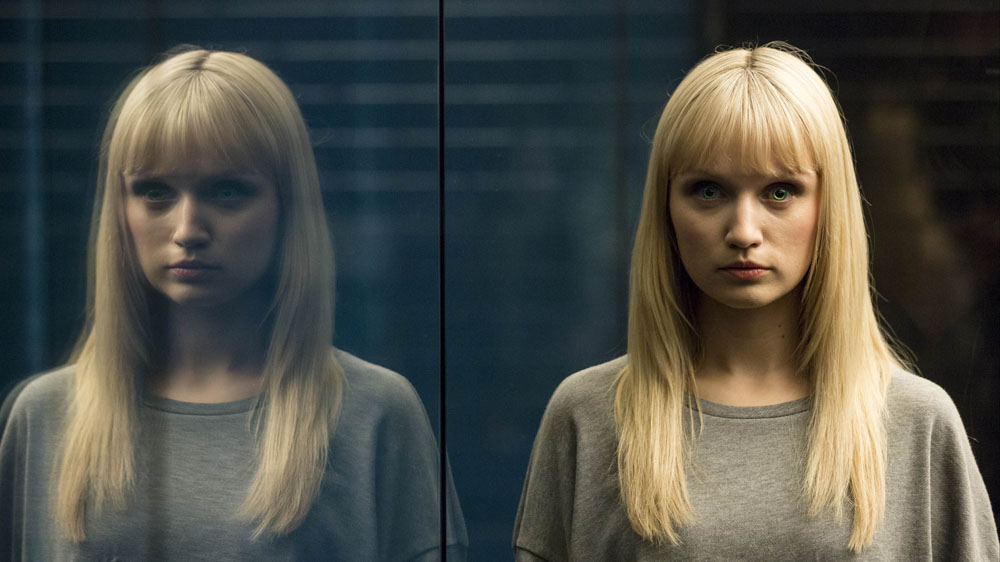Humans 2 3 Niska (Emily Berrington)
