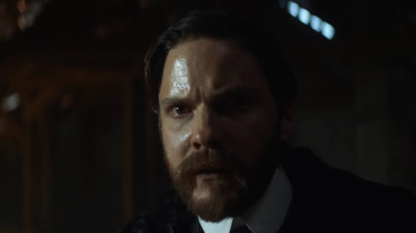 Daniel Bruhl in The Alienist