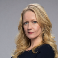 Paula Malcomson to star in Redemption